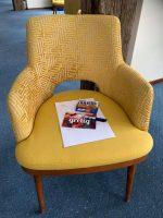 Visual-stoel-met voorbereidende materialen